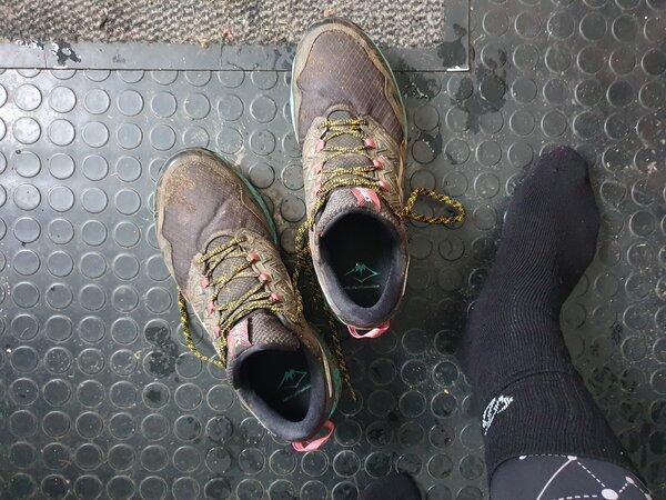 winter running footwear
